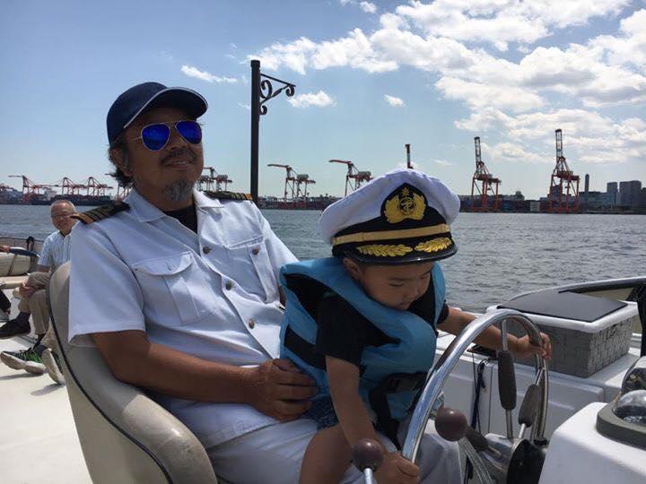 自社所有船レノン号では小さなお子様の対応が得意です