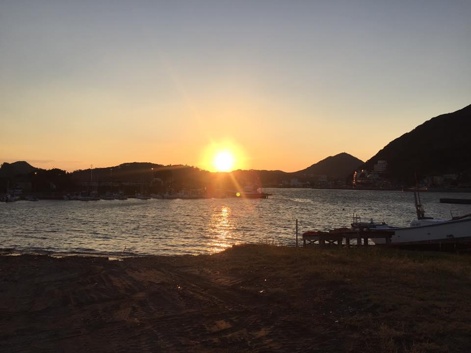 下田沖海洋散骨「利島の見える海で」